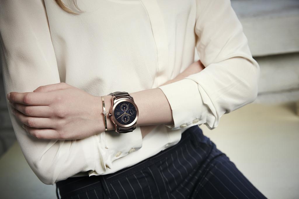 日本の有名時計メーカー《SEIKO》の販売スタッフ@新宿駅スグ♪