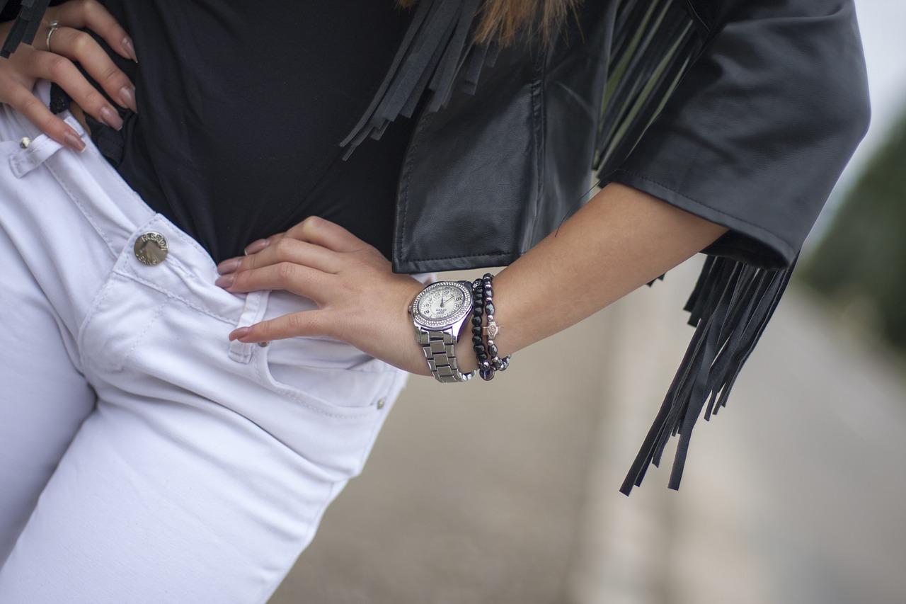スイスの高級時計ブランド【豪雅】の中国語通訳・販売スタッフ@表参道3分♪