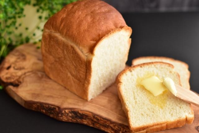 スーパーに入っているパン屋さんでパン作り&販売スタッフ@田町駅5分