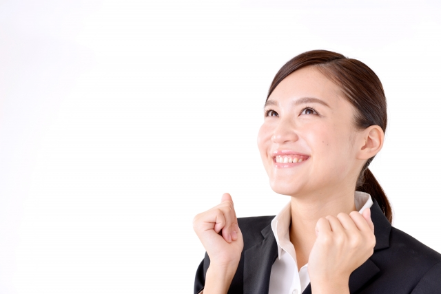 <笠幡>ピアスOK!ネイルOK!未経験◎パチンコ店ホール【時給1400円】